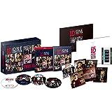 ワン・ダイレクション THIS IS US:THIS IS THE BOX <完全限定生産シリアルナンバー入り日本限定デラックスBOXセット> ブルーレイ IN 3D&ブルーレイ&DVD+初回限定特典DVD(4枚組) [Blu-ray]
