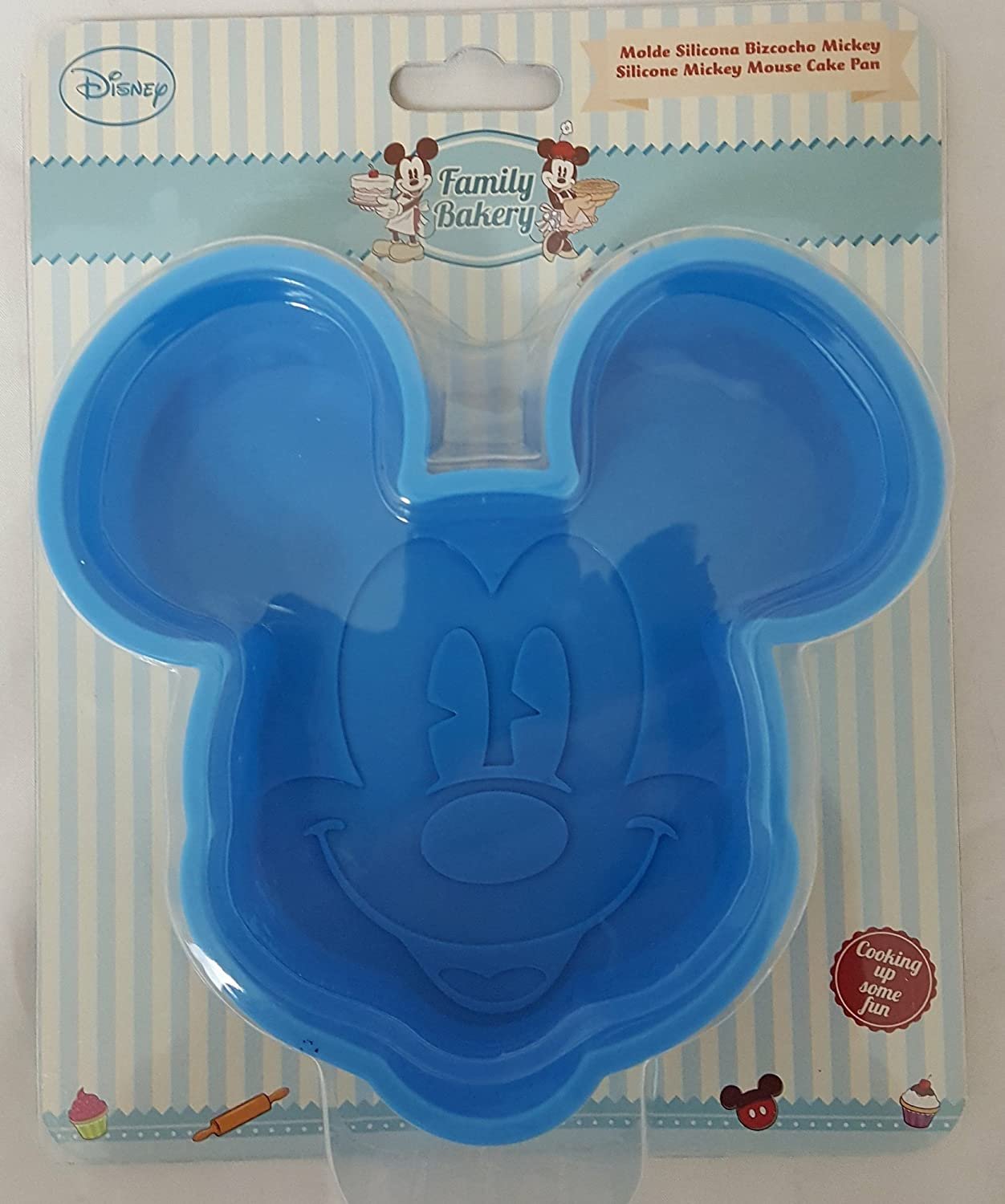 Amazon.com: Disney Mickey Mouse Cake Pan Non-Stick Metal Large: Kitchen & Dining
