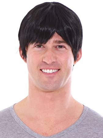 Amazon.com  Simplicity Men s Short Layered Black Full Wig with Wig ... cec1954a5
