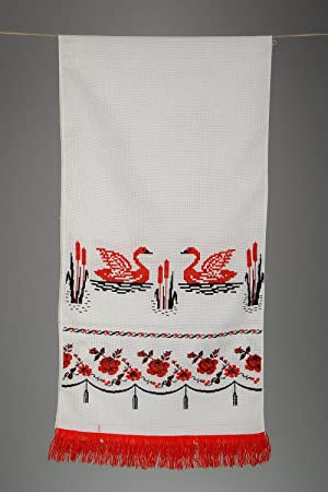 """Rushnyk bordado en punto de cruz """"Cisnes"""""""