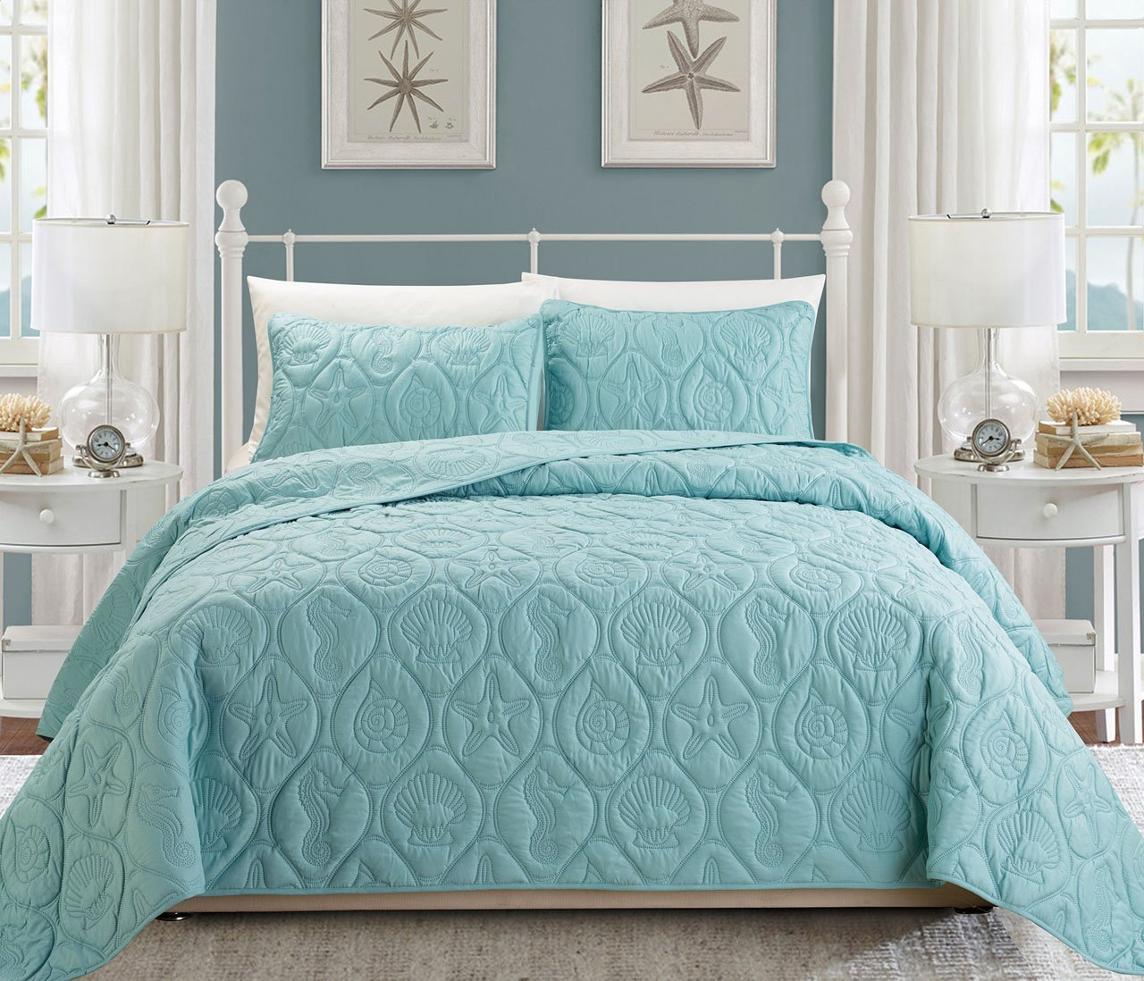 Seashell Spa Blue Reversible Bedspread/Quilt Set King