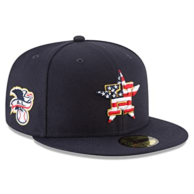 15cb067c Amazon.com: New Era Houston Astros 2018 July 4th Stars and Stripes 59FIFTY  On Field Fitted Hat: Clothing