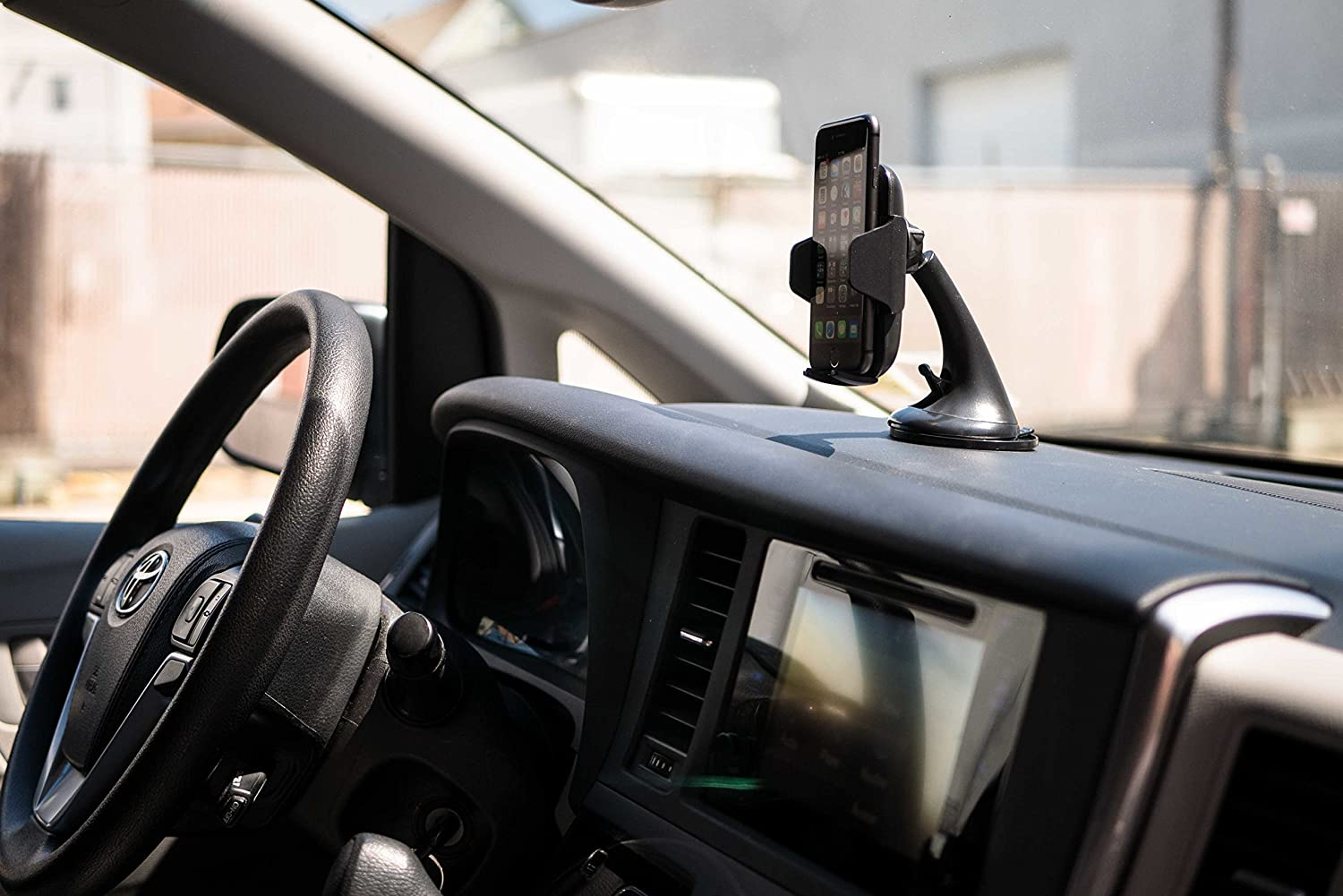 Rotates 360 8 Compatible w iPhone X Note /& All Androids 8 Plus Samsung Galaxy S8 Easy Clamp Holder IronTech Qi Wireless Telescopic Fast Charging Dashboard /& Windsheild Strong Suction Car Mount