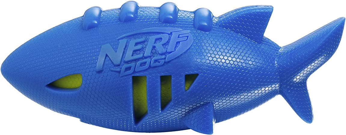 Nerf Dog Super Soaker - Pelota de fútbol Flotante de tiburón ...