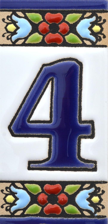 Insegna con numeri e lettere fatte di piastrelle di ceramica policroma, dipinte a mano con la tecnica cuerda seca, nomi indirizzi e segnaletica. Testo personalizzabile. Disegno FLORES MINI 7,3 cm x 3,5 cm (LETTERA G) 5 cm (LETTERA G) Art Escudellers