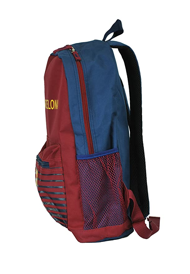 Amazon.com : FC Barcelona Messi Soccer Backpack Schoolbag Adjustable Straps (Manchester United) : Sports & Outdoors