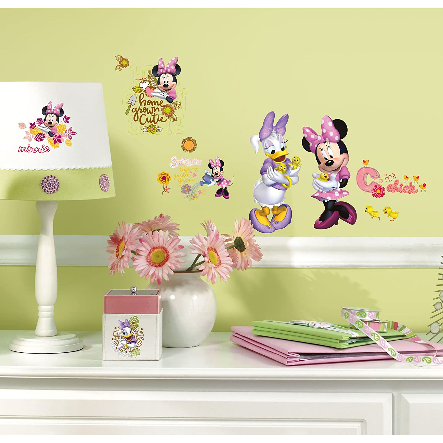 Roommates Rmk2075Scs Mickey And Friends Minnie Mouse Barnyard Cuties ...