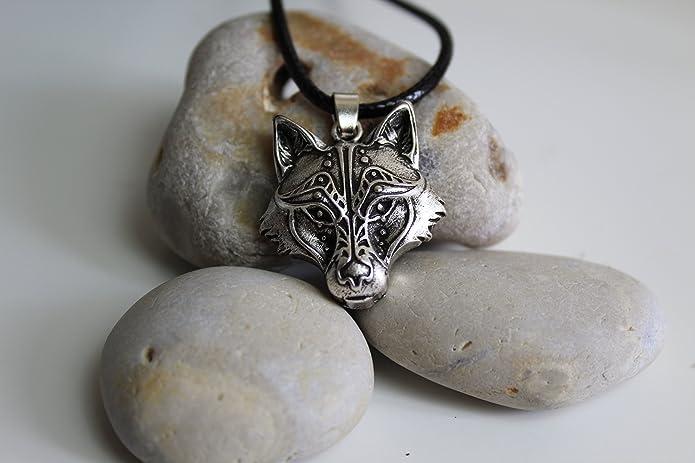 collier femme tete de loup