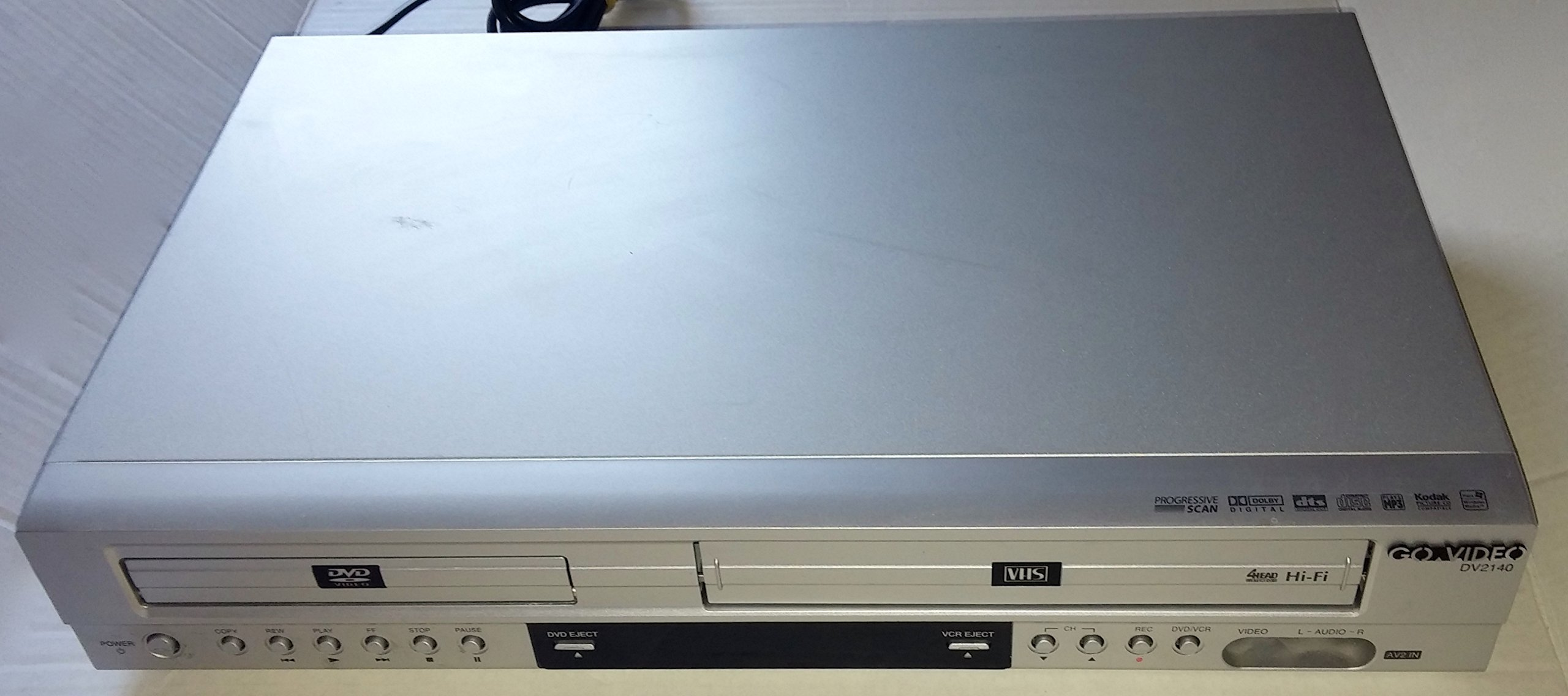 GoVideo DV2140 DVD/VCR Combo Player/Recorder by Go Video