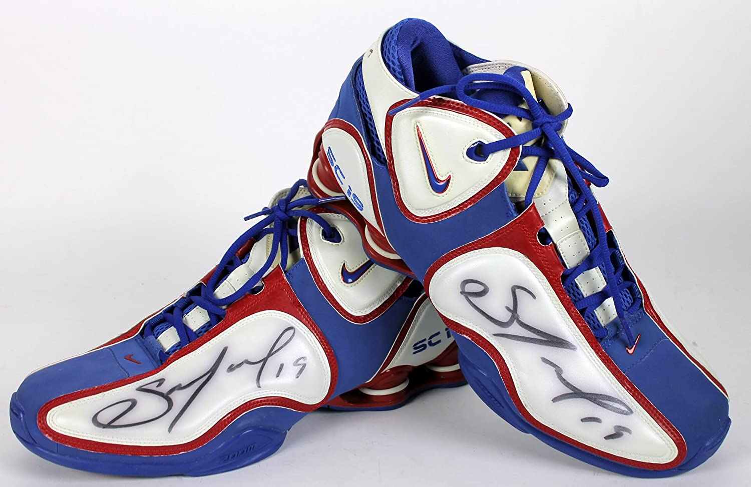 new product 1cfb4 13be8 Clippers Sam Cassell Signed Game Used Size 13.5 Nike Shox Bounce Shoes BAS  at Amazon s Sports Collectibles Store