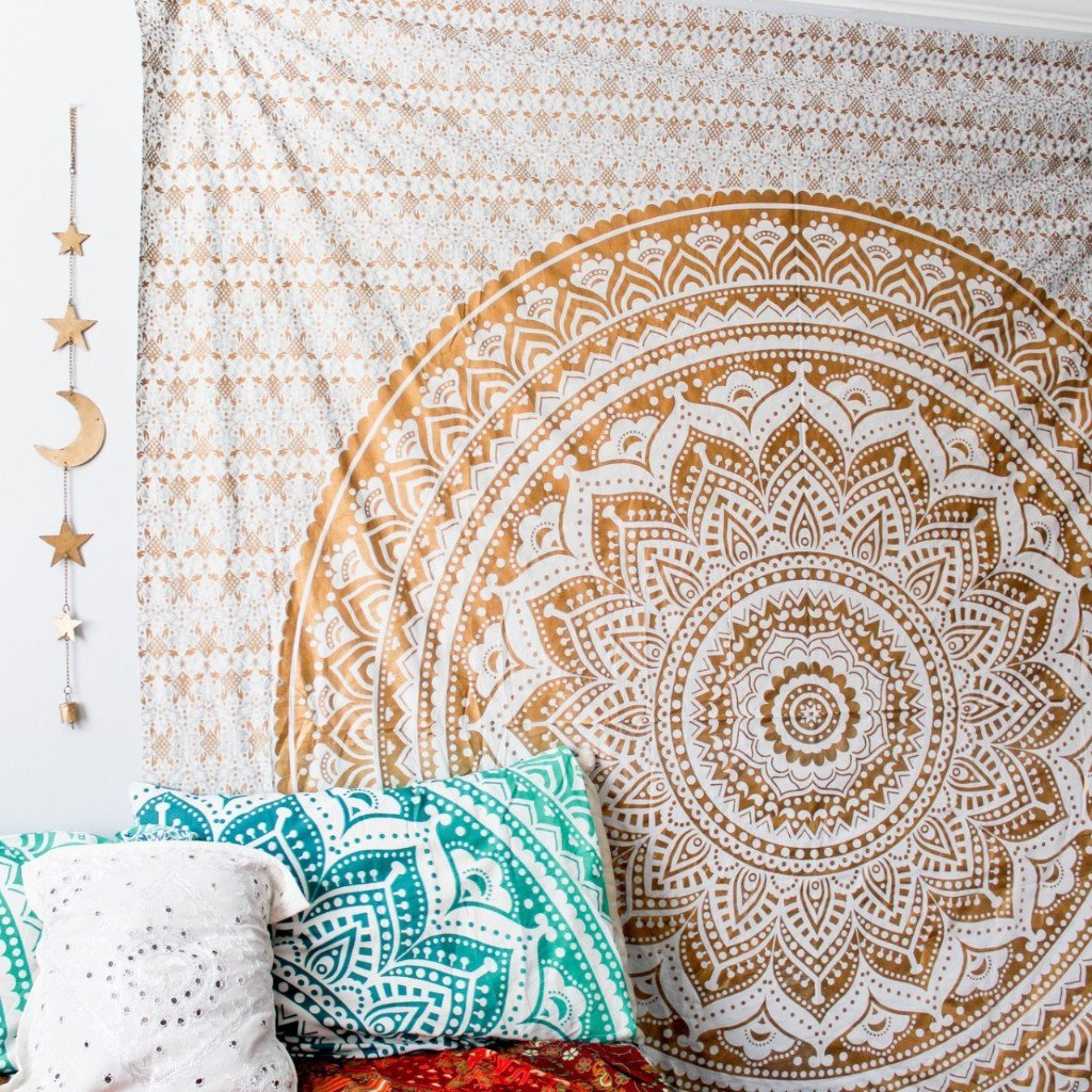 GANESHAM HANDICRAFT - Indian Mandala QUEEN Tapestry GOLD/Brown star love multi uses Beach Throw Tapestry Hippy Boho Gypsy Cotton Tablecloth Beach Towel , BEACH SHEET , wallhanging , Tapestry Yoga Mat