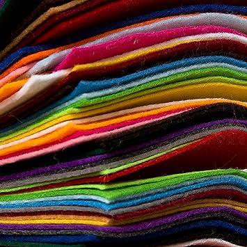 Edukit 60 Filzplatten 15x15cm Bastelfilz Filzstoff Intensive Farben