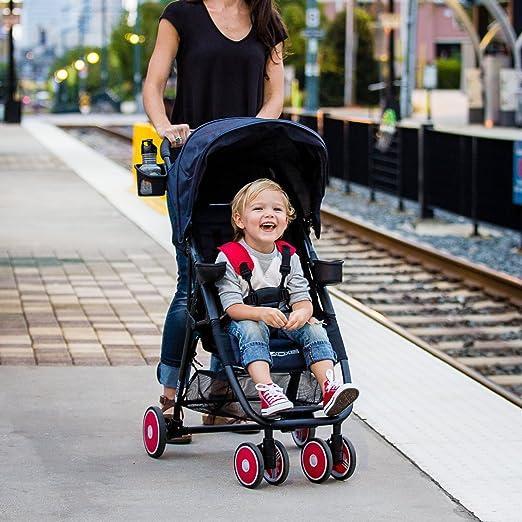 Amazon.com: Cochecitos ligeros Zoe., Gris y negro: Baby