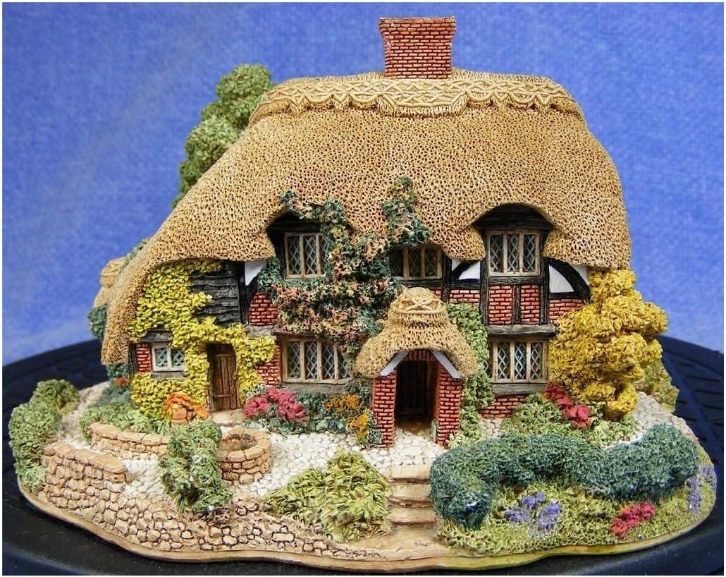 Lilliput Lane Honeysuckle Cottage 1992