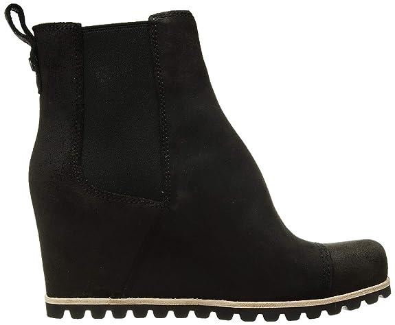 9b37505e8dc UGG Women's W Pax Fashion Boot