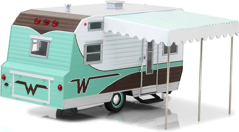 GreenLight 18430-B 1:24 Hitch /& Tow 1964 Winnebago Travel Trailer 216 Die-Cast Vehicle