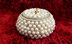 Decorative Trinket Jewelry Keepsake Storage Box. Small Trinket Storage Organizer Chest Christmas Gift - Faux Pearl. Treasure / Chest for Gift Box.