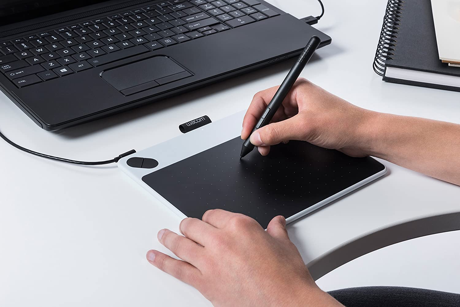 Compatible with Windows and Apple Small Graphic Tablet incl Size: S ArtRage Lite Software Download and the Precise Wacom Intuos Pen Wacom Intuos Draw Pen Tablet in White