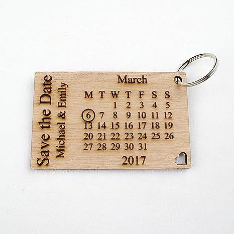 Personalizable de madera ahorrar la fecha Llaveros. Pequeñas ...