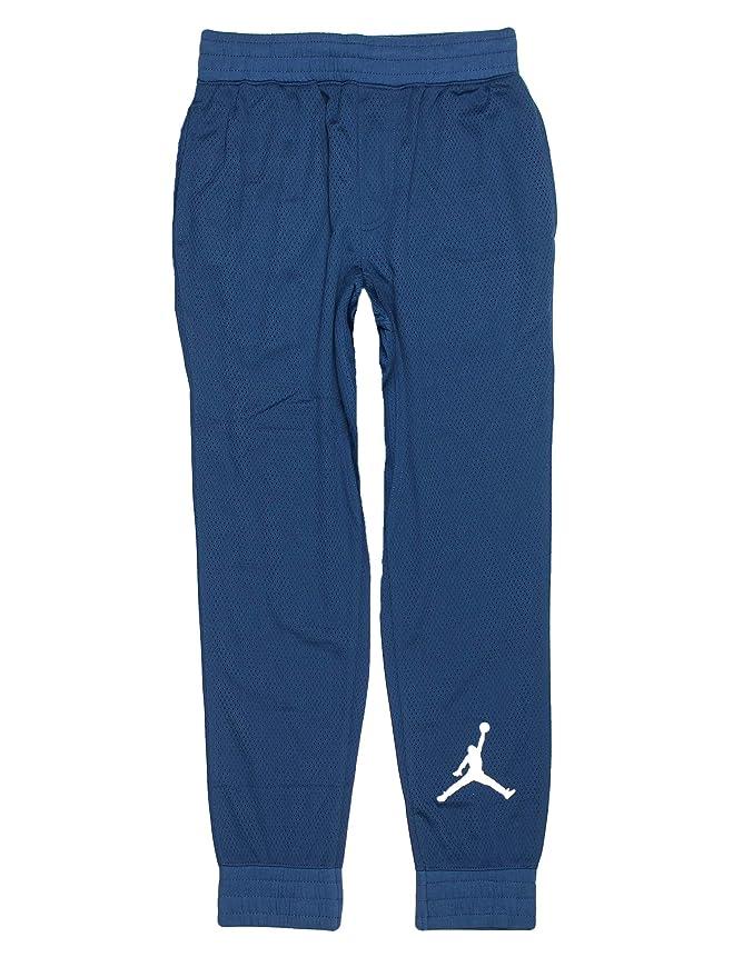 ee247378c274 Amazon.com  NIKE Boys Youth Air Jordan Track Pants  Clothing