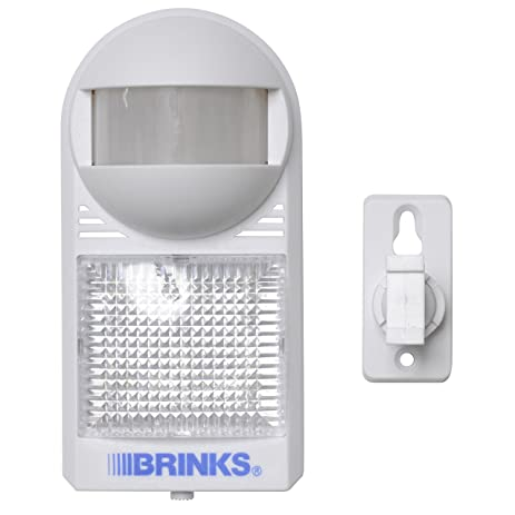 Brinks 47 1030 Portable Motion Activated Light And Alarm