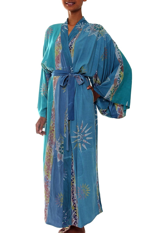 Amazon.com: NOVICA Multicolor de la mujer del batik Robe ...