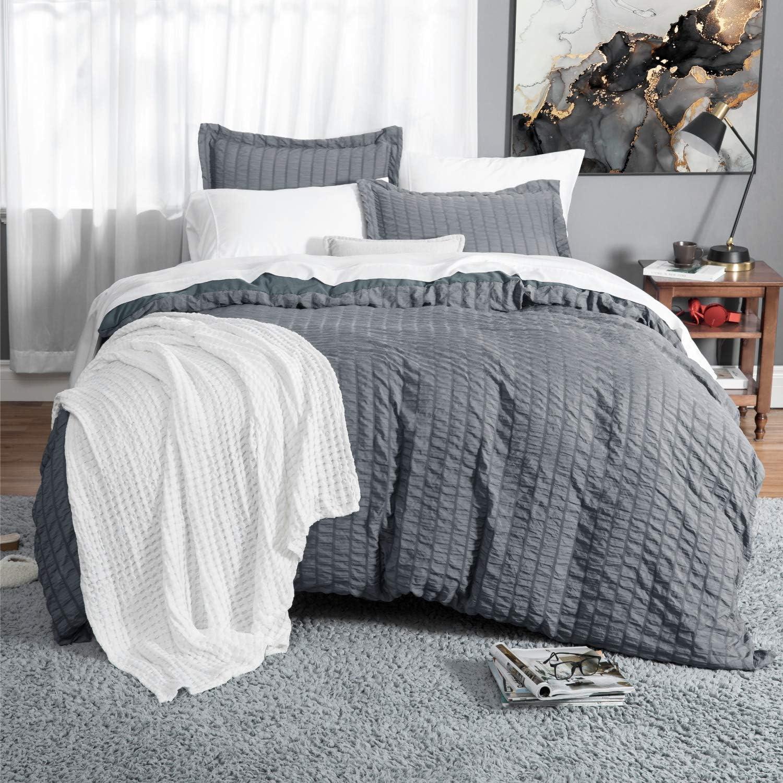 Bedsure Duvet Cover Set Queen Size (90 x 90 inches) - Seersucker Stripe - 3 Pieces (1 Duvet Cover + 2 Pillow Shams), Dark Grey - Ultra Soft Microfiber - Duvet Covers with Zipper Closure, Corner Ties