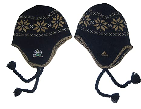 Amazon.com   Notre Dame Fighting Irish NCAA Ball Top Tassel Winter ... 557a9fc610e