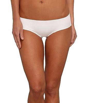 22a42e9f2b05 commando Classic Bikini (BK01) (White, M/L) at Amazon Women's ...