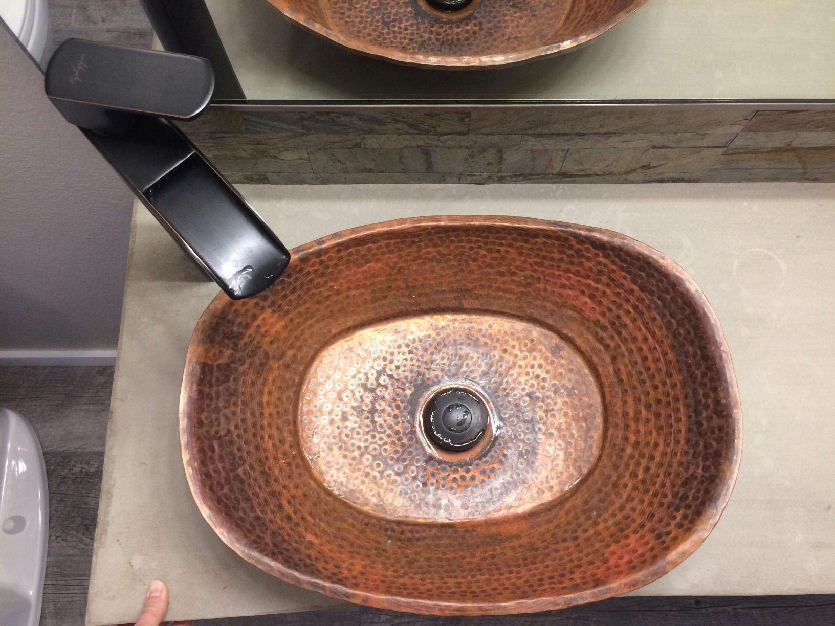 Egypt gift shops Rustic Industrial Style Bathtub Bath Tub Boat Shape Pure Natural Copper Bathroom Vessel Bowl Wash Basin Toilet Outdoors Indoors Shower Construction Renovation Remodel Upgrade Revival