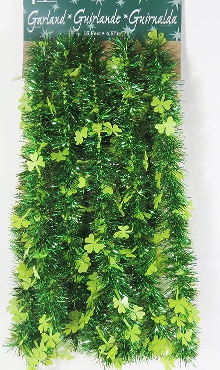 Amazon.com: St Patrick día verde guirnalda tréboles Fiesta ...