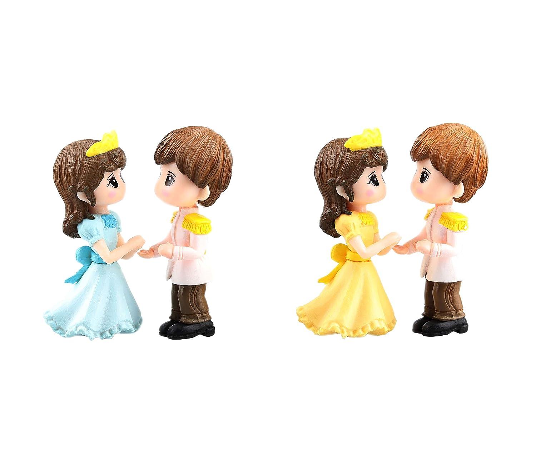 4 Pcs Miniature Couple Figurines Holding hands doll Decorative Figurine Couple Sculpture Cake Topper Mini Resin Fairy Garden Bonsai Dollhouse Wedding Decorations