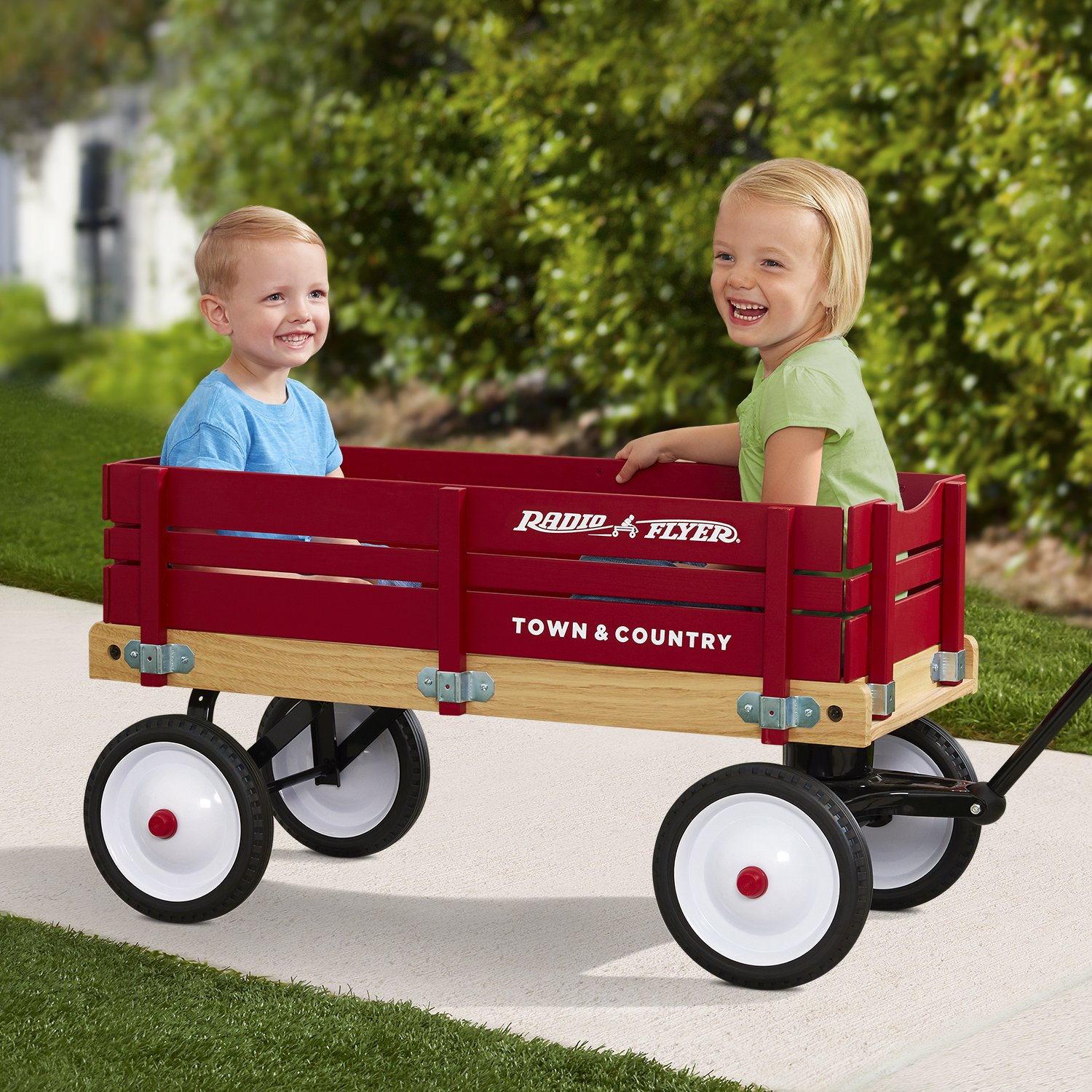 Radio Flyer Town and Country Wagon by Radio Flyer (Image #8)