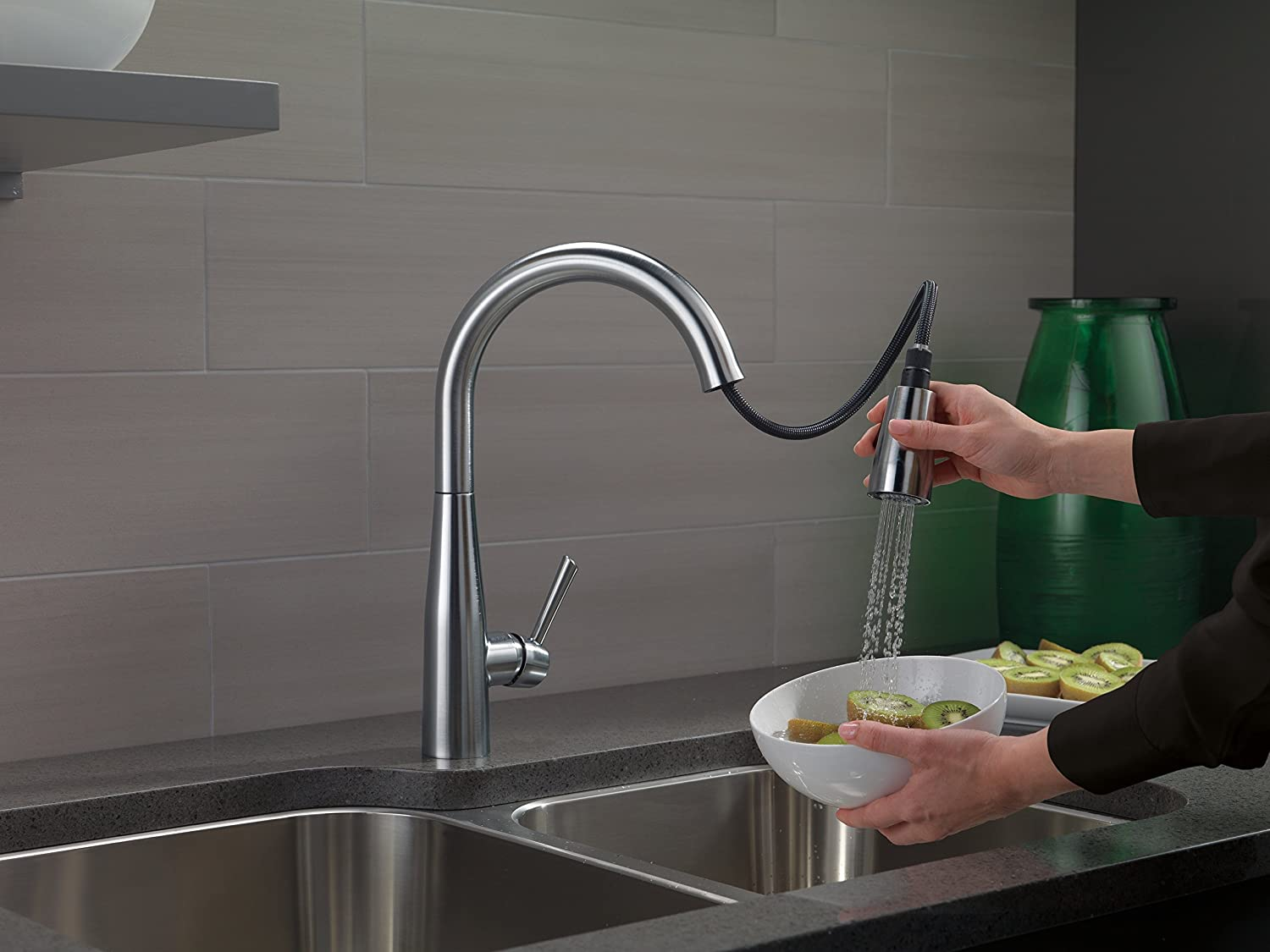 Best kitchen faucet for long-lasting beauty