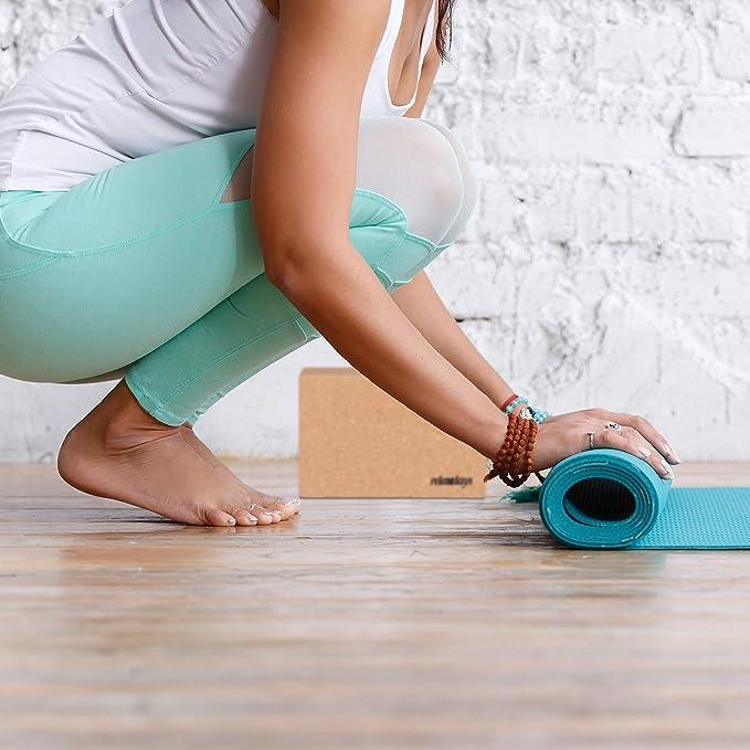Relaxdays Bloque Yoga y Pilates, Taco de Apoyo y Meditación, Corcho, 15 x 22,5 x 7,5 cm, Marrón