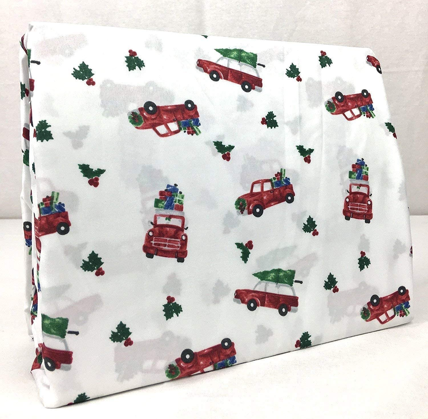 Amazon Com Christmas Winter Holiday Scenes Queen Size Cotton Sheet Set On White Red Truck Holly Gifts 100 Cotton Home Kitchen