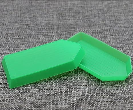 HUELE 20 PCS Bead Sorting Trays Triangle Plastic 3.5 x2.2 Inch