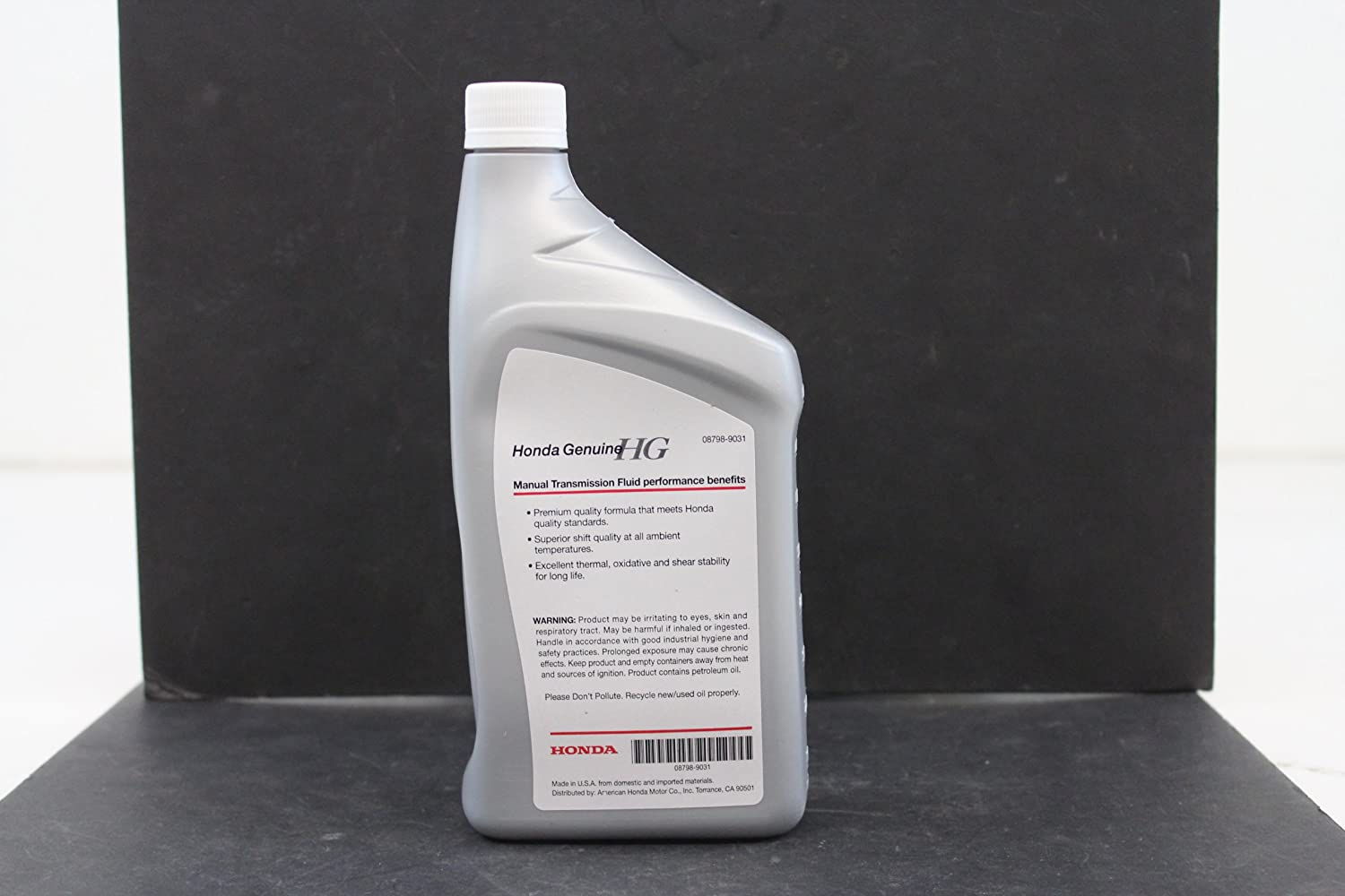Amazon.com: Genuine Honda Fluid 08798-9031 Manual Transmission Fluid - 1  Quart: Automotive