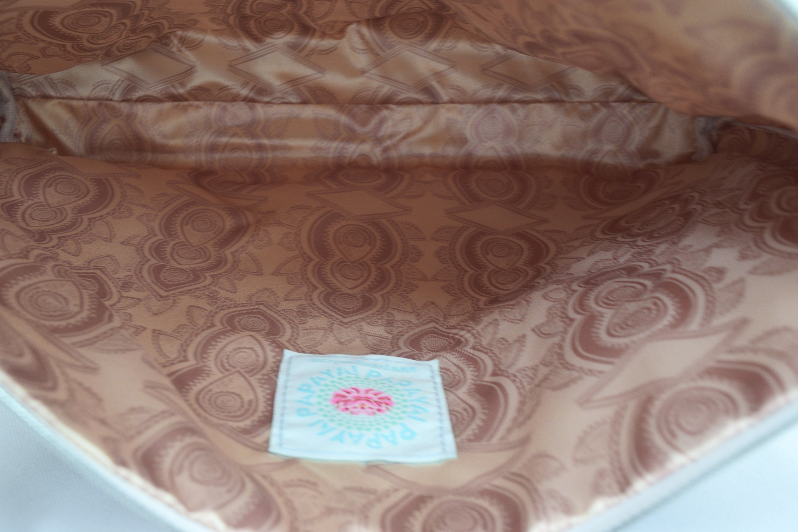Love Henna Designs Oil Cloth Large Make-up or Accessory Travel Bag by Papaya (Image #4)