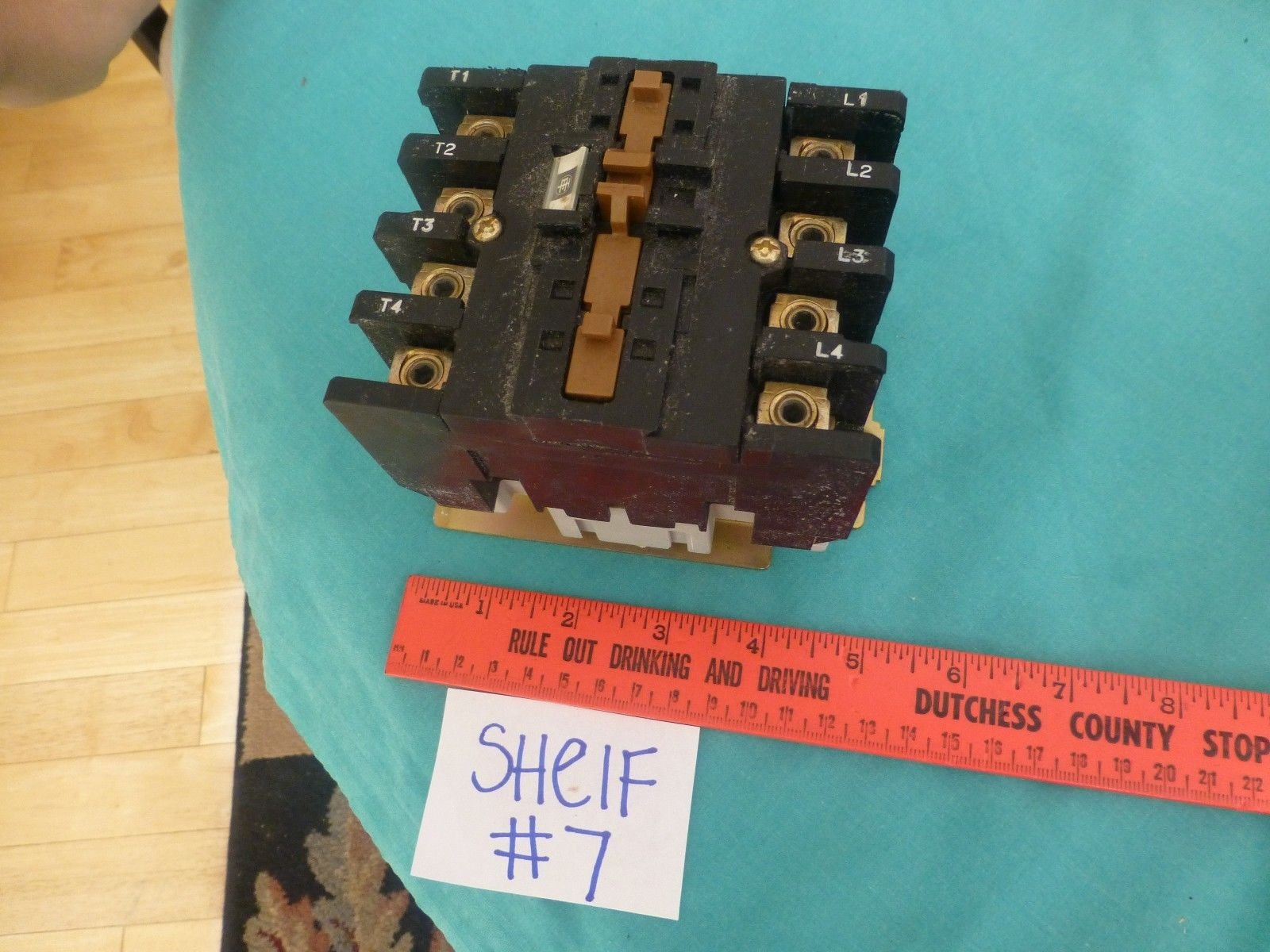 Telemecanique lc1-d404h7 600v max 1 ph 3ph magnetic contactor
