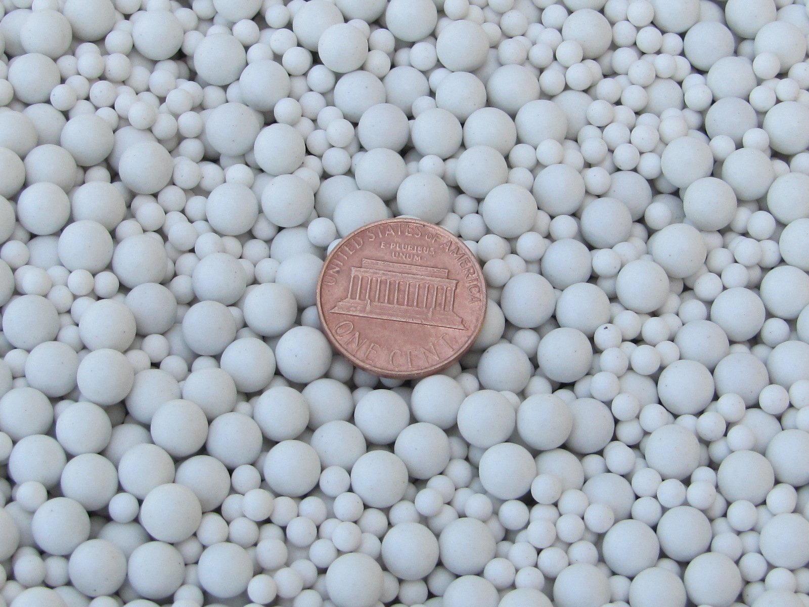 Ceramic Porcelain Tumbling Media Mixed 2 Lbs. 3 mm & 6 mm Polishing Sphere Non-Abrasive