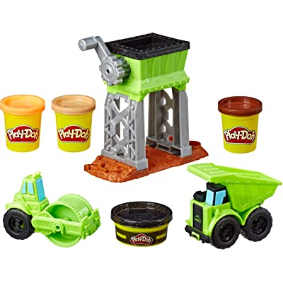 Play-Doh Wheels Gravel Yard Construction Toy with Non-Toxic Pavement Buildin' Compound Plus 3 Additional Colors: Toys & Games