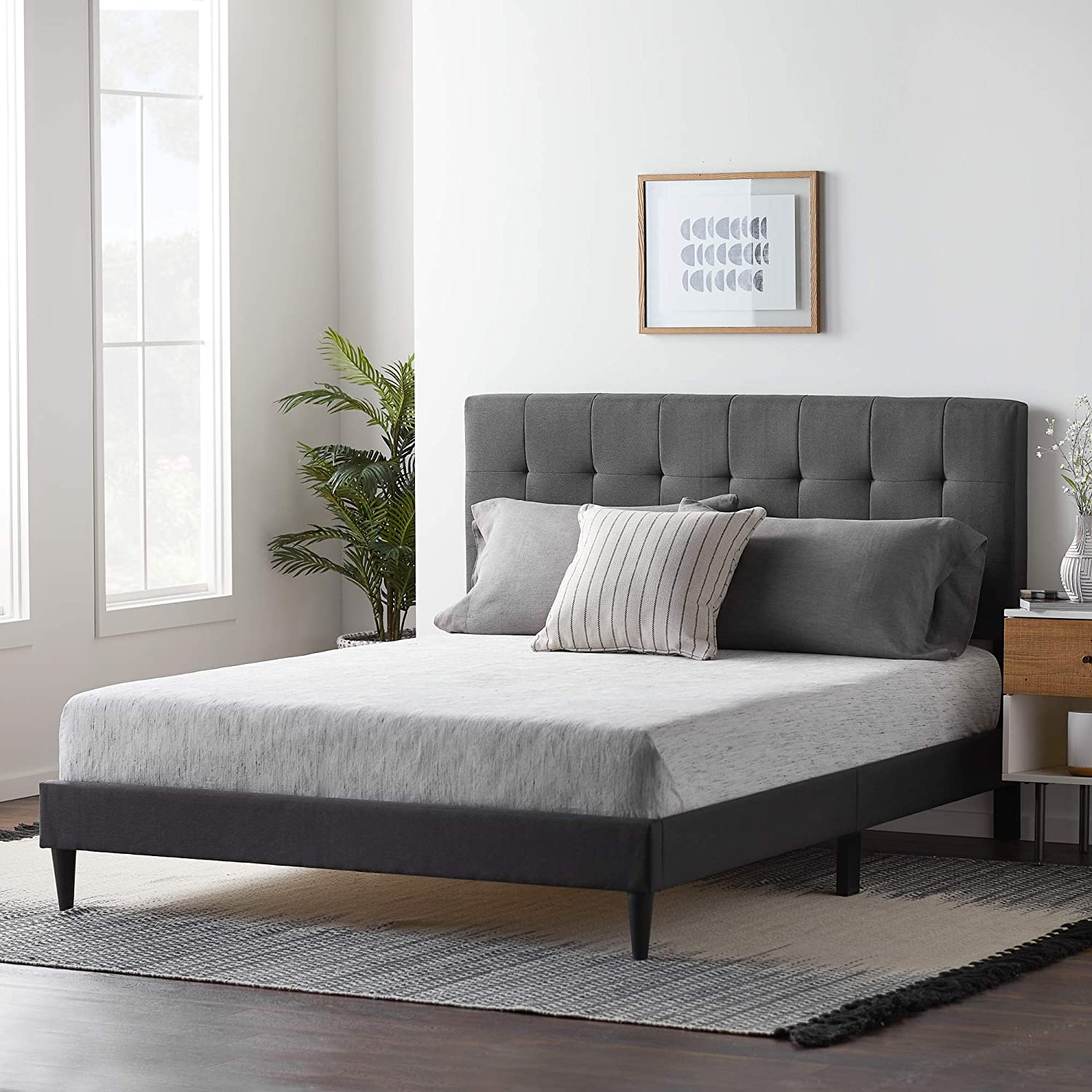 Lucid Upholstered Platform Bed Frame With Square Tufted Headboard Linen Inspired Fabric Sturdy Wood Construction No Box Spring Required Amazon Ca Home Kitchen