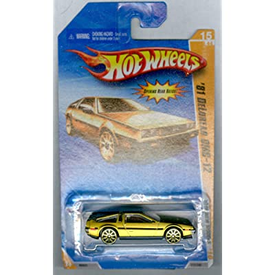 HOT WHEELS 2010 NEW MODELS 15 OF 44 GOLD '81 DELOREAN DMC-12: Toys & Games