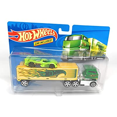 Hot Wheels Rig Dog Semi Truck with Car: Toys & Games