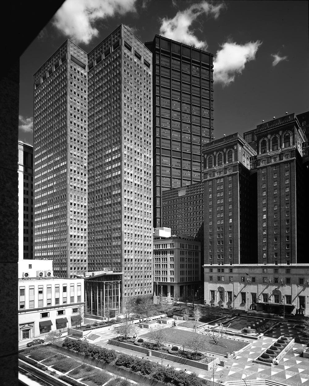 Mellon Square: Discovering a Modern Masterpiece (Modern Landscapes: Transition & Transformation)
