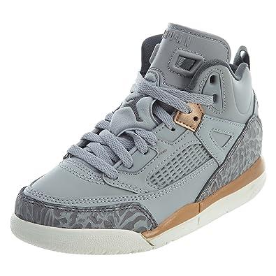 2fe81b80c74ae Jordan Chaussures de Basket pour Enfants  Amazon.fr  Chaussures et Sacs