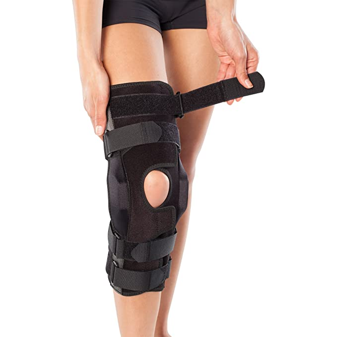 e10a4ae8e0 Amazon.com: BioSkin Gladiator Knee Brace – Adjustable Hinged Knee Brace for  ACL, MCL, LCL, PCL and General Knee Support: Sports & Outdoors