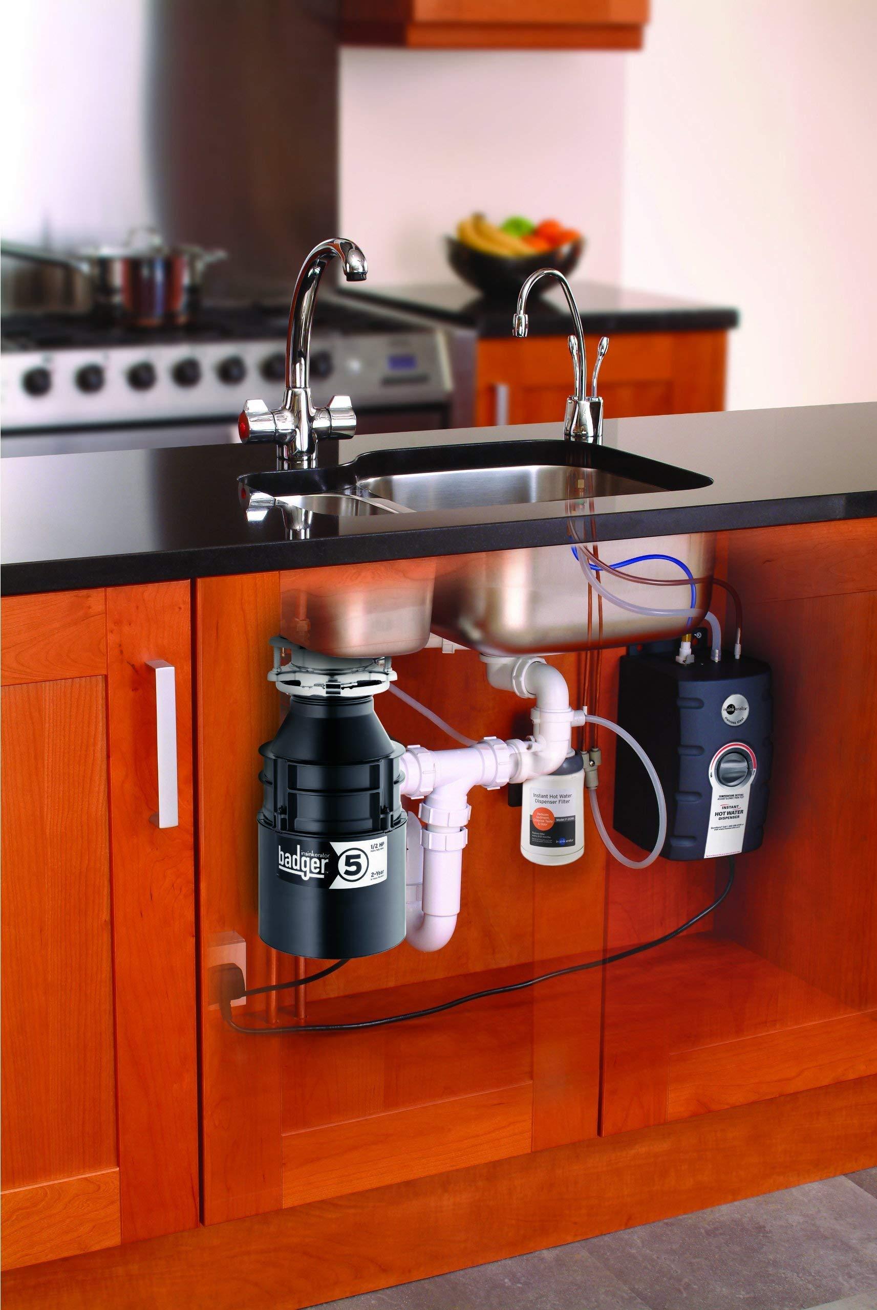 Insinkerator Badger 5, 1/2 HP Household Food Waste Disposer (Renewed)