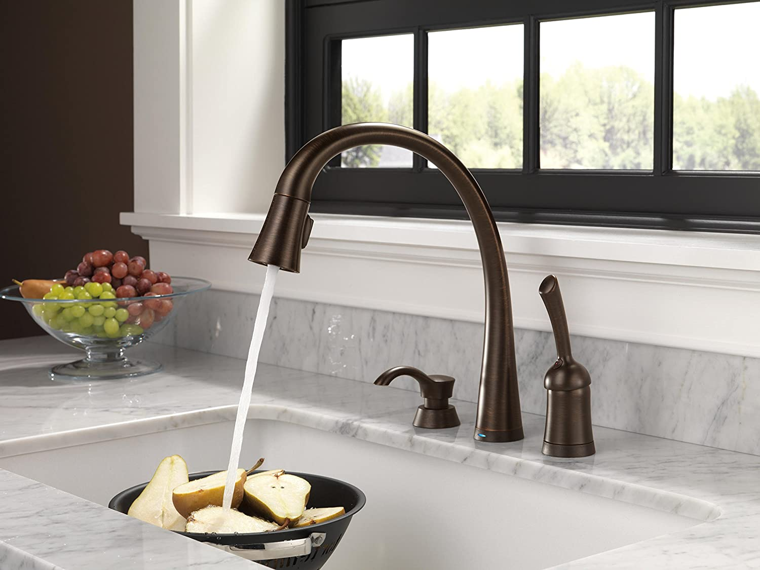 Superb Delta 980T RBSD DST Pilar Single Handle Pull Down Kitchen Faucet With  Touch2O Technology And Soap Dispenser, Venetian Bronze   Touch On Kitchen  Sink Faucets ...